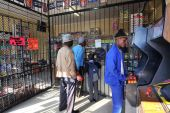South Africa Somali retail stores plundered Port Elizabeth 18 9 2013